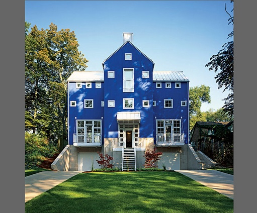 The Margaret McCurry designed home on Lake Michigan