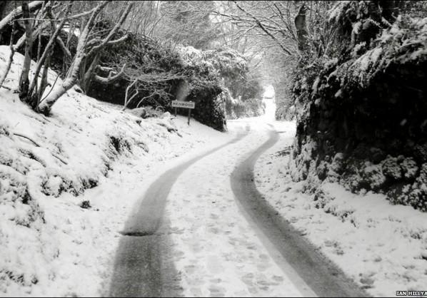 _47085077_snow_ian_hillyard