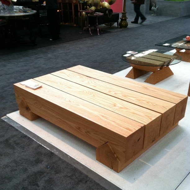 eugene stoltzfus chunky wooden table