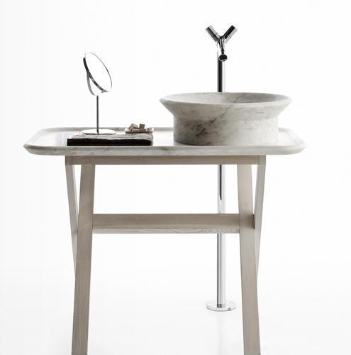 Nabhi tray by Enzo Berti