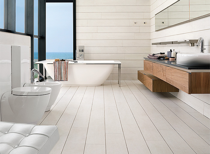 Woodtec Porcelain Hardwood tiles from Porcelanosa in bathroom