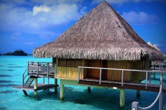 Bamboo-Tiki-Huts