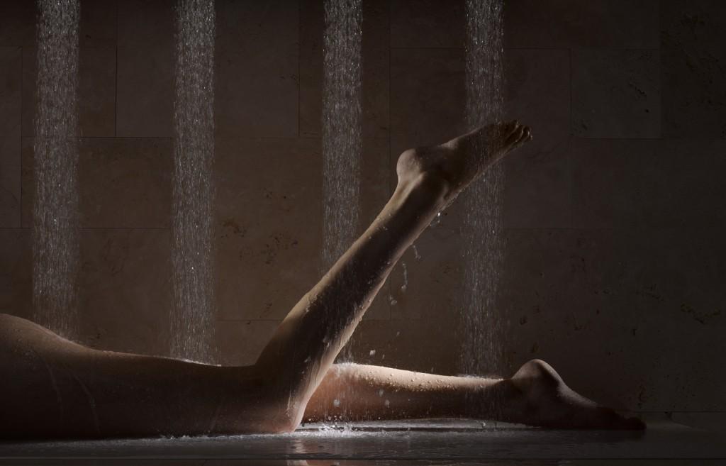 Legs in Dornbracht's Horizontal Shower