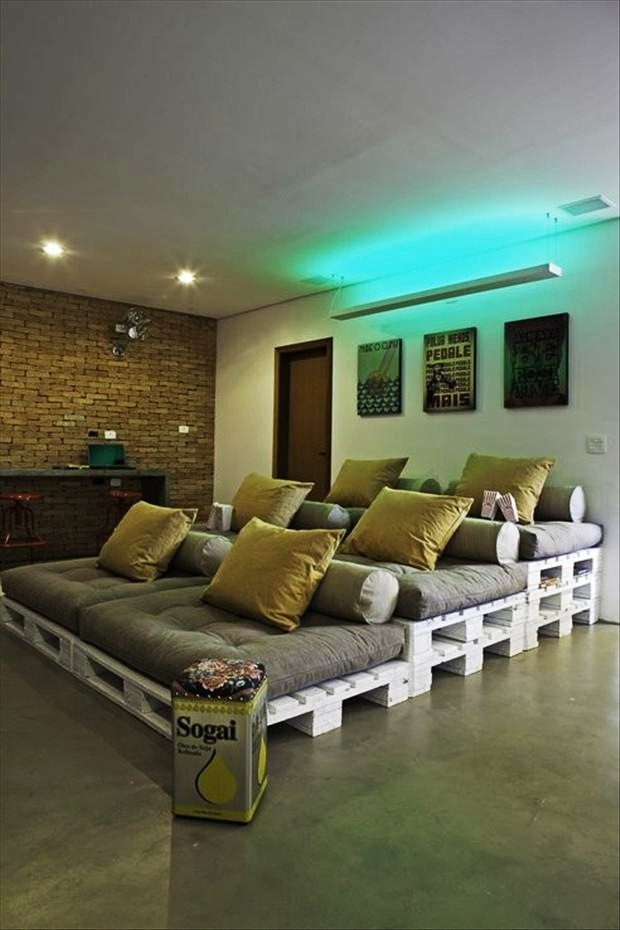 Home Theater With Palettes