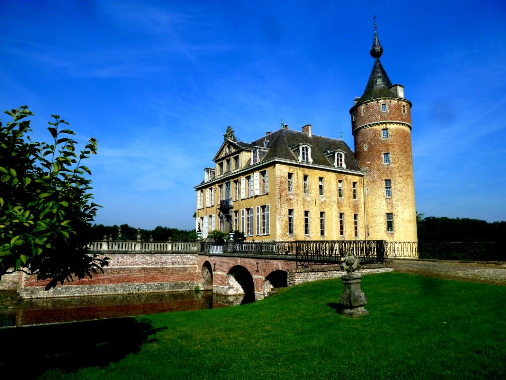 Gravenwezel chateau of Axel Vervoordt