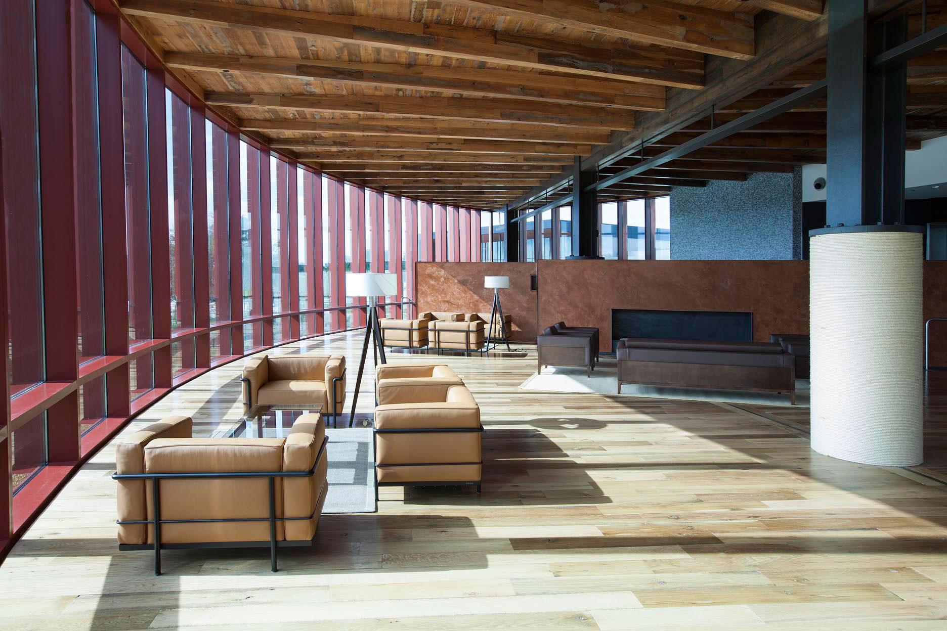 streamsong golf hotel modern lobby