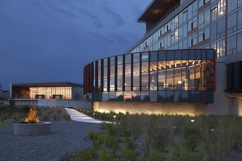 steamsong golf hotel modern architecture