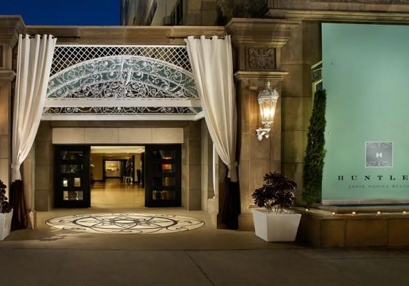 Huntley hotel at night #blogtourCali