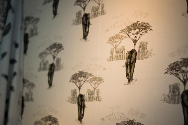 Juliet Travers Wallpaper - The Waterhole