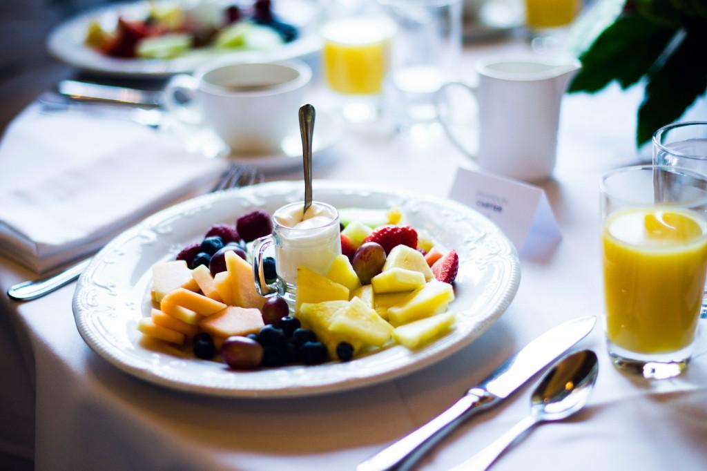 fruit breakfast palazzo las vegas healthy toto toilets blogtour vegas kbis 2015