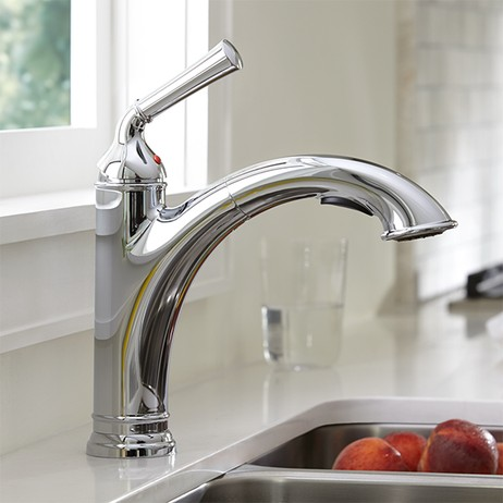 Portsmouth 1-Handle Pull Out Kitchen Faucet by American Standard