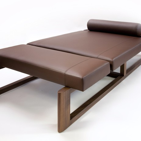 Usher Daybed by Elliot Eakin