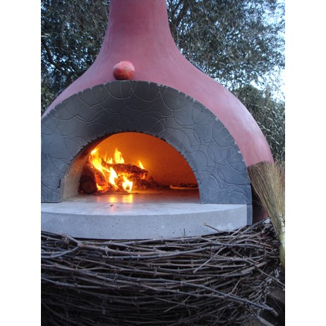 Nido Oven by Concreteworks