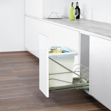 Wastebin Pullout by Clever Storage by Kesseboehmer