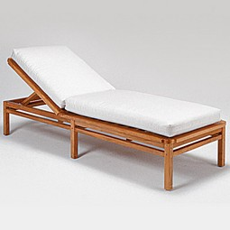 Paradiso Platform Chaise w Cushion by GIATI DESIGNS, INC.