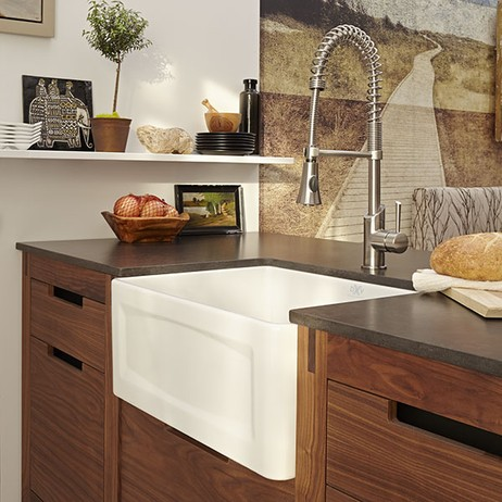 "Hillside 20"" Apron Kitchen Sink by DXV"