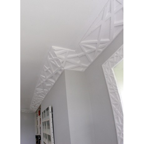 Linear Structure Cornice by Solomon and Wu