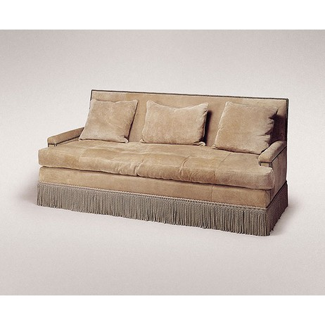 CLUB SOFA by Studiolo