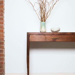 Tapered console table by STILLMADE