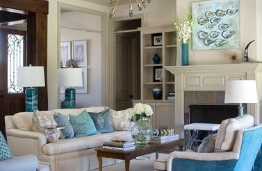Etonnant Transitional Living Room