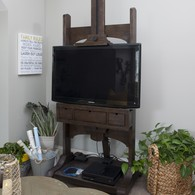 TV Easel - Rooms Revamped